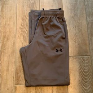 Like new! Boys under armor youth large track pants